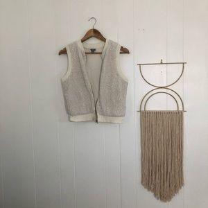 COZY/ vest